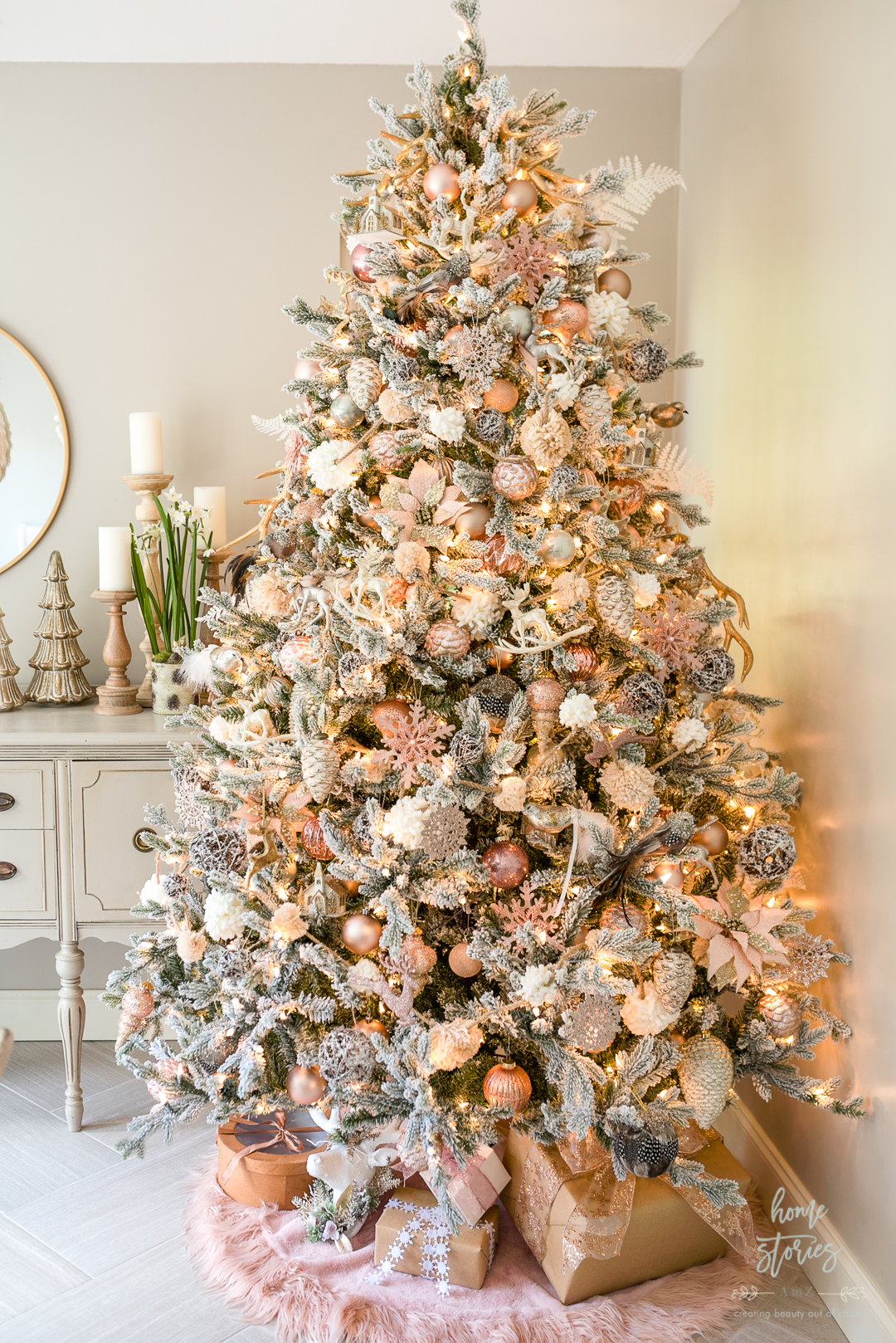 How to Decorate a Christmas Tree Like a Designer (Step by ...