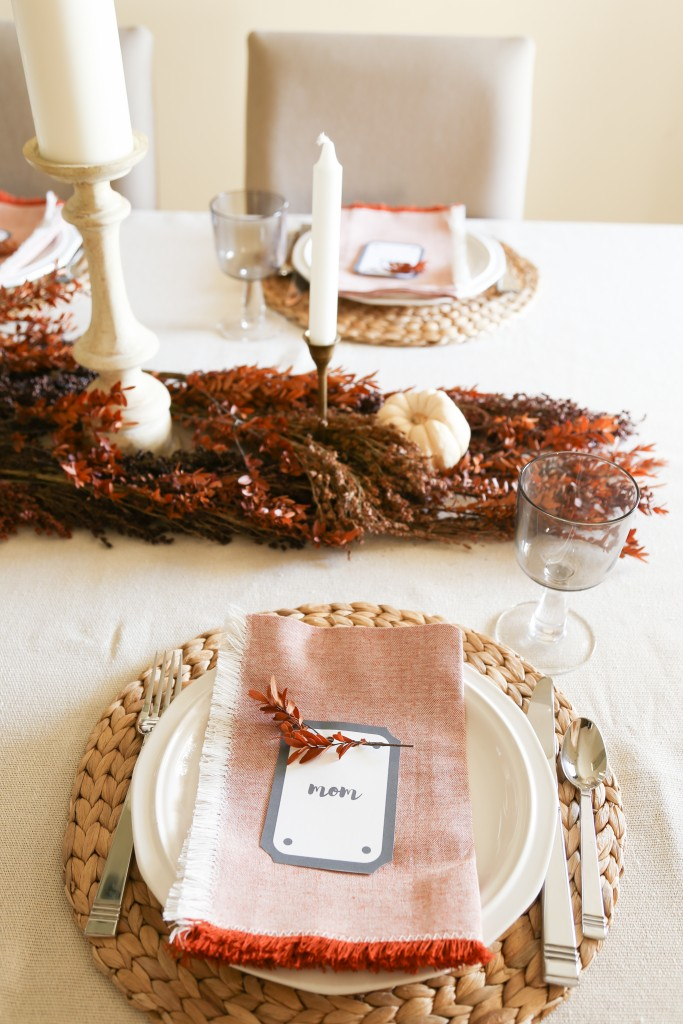 Thanksgiving Place Setting Idea - Farmhouse Thanksgiving Table by Homestead128