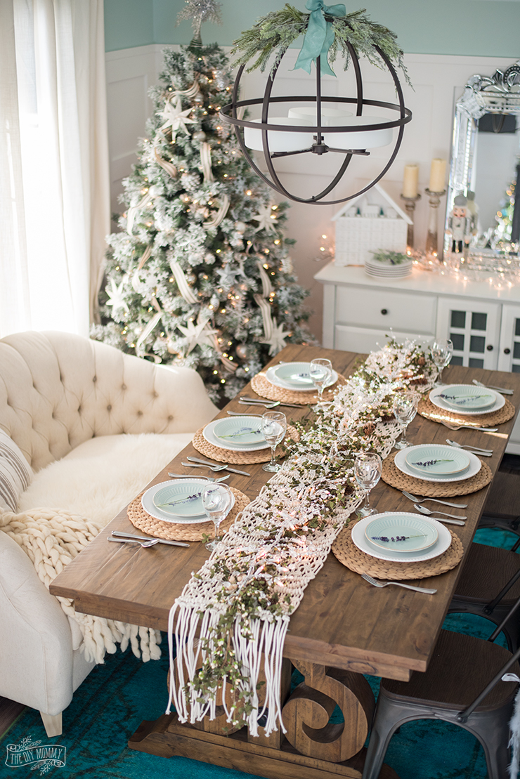 Christmas Centerpiece Ideas - French Country Farmhouse Christmas Dining Room by The DIY Mommy
