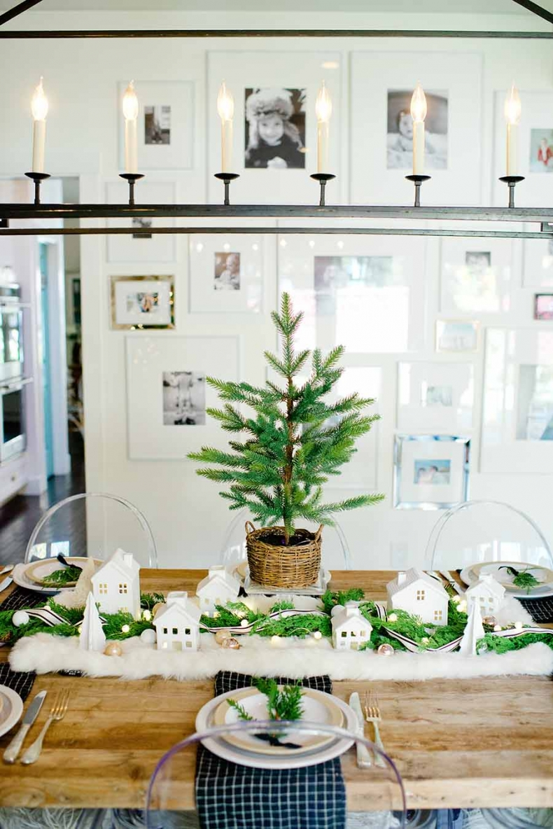 Christmas Centerpiece Ideas - Modern Farmhouse Christmas Table by Modern Glam