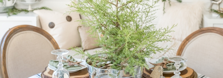 Christmas Centerpiece Ideas - Simple Farmhouse Table Tips by Home Stories A to Z