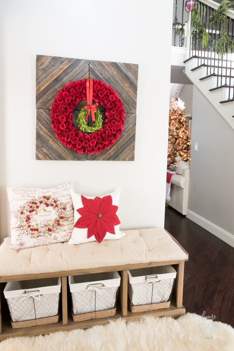 Christmas Vignette Ideas - Christmas Entryway by Home Stories A to Z