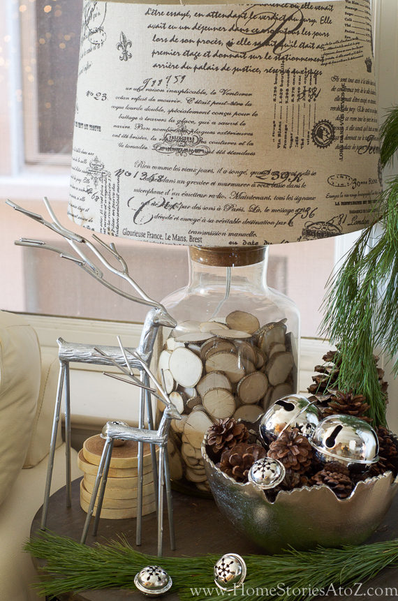 Christmas Vignette Ideas - Nature Inspired Christmas Vignette by Home Stories A to Z