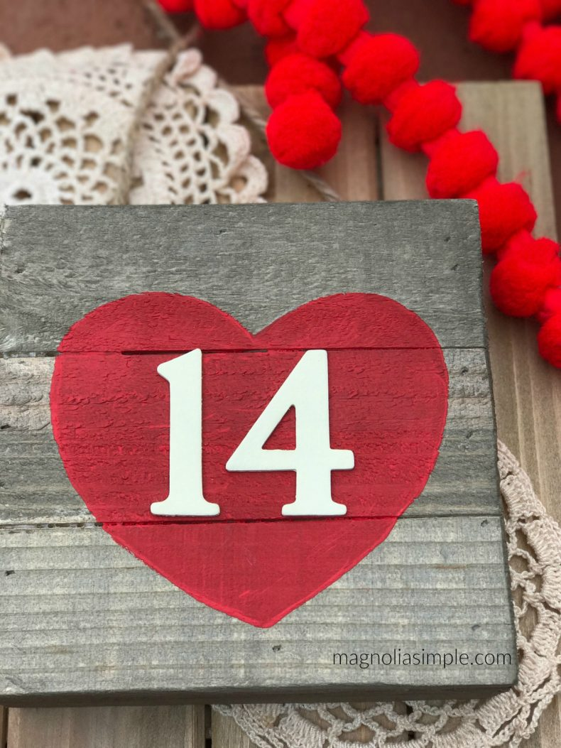 25 Valentine Heart crafts - Easy Valentine's Day Sign by Home Stories A to Z