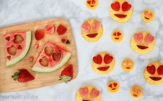 Valentine Treat Ideas - Heart Eye Emoji Fruit Salad by What Moms Love