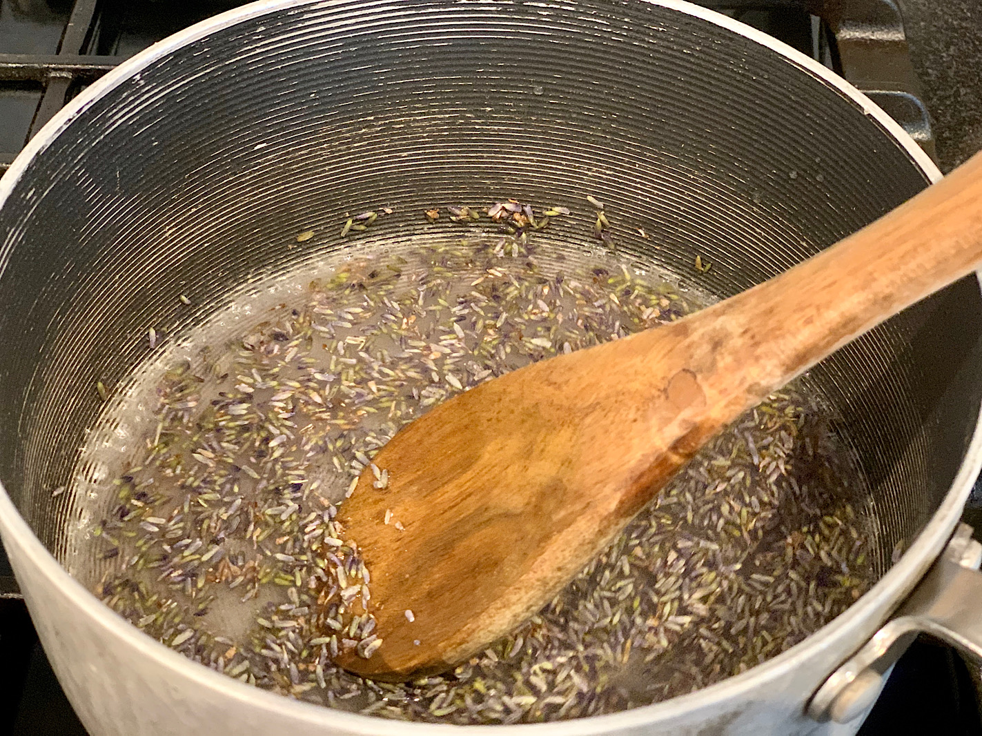 how to make lavender simple syrup