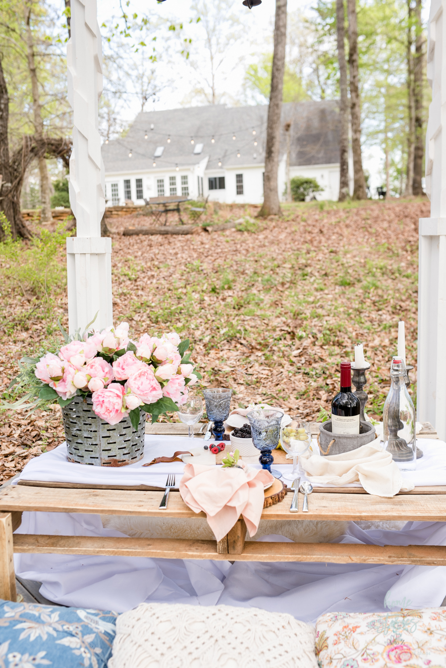 boho chic table setting