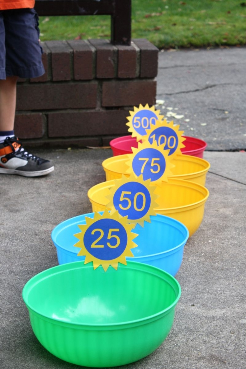 Fun Outdoor Games - Math Toss Game by One More Moore
