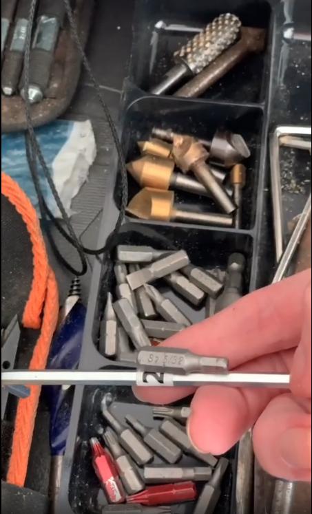 allen-key-furniture-assembly-hack