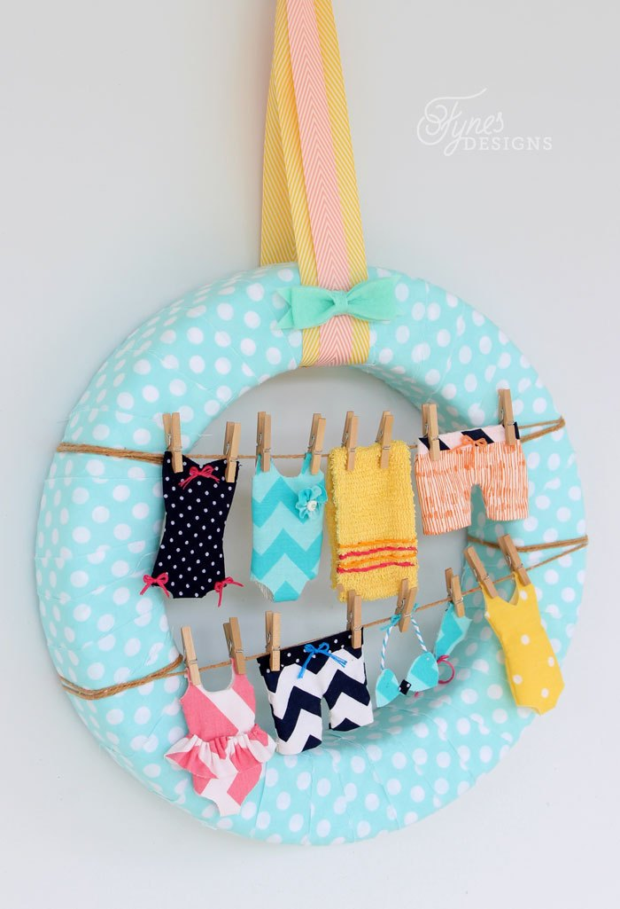 Summer Wreath Ideas - Swimsuit Clothesline Wreath by Fynes Designs