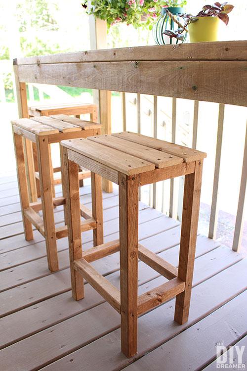 DIY Backyard Projects - DIY Bar Stools by The DIY Dreamer