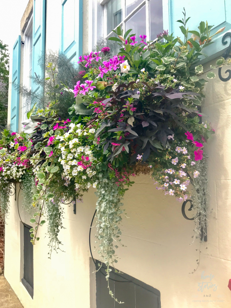 DIY Backyard Projects - DIY Flower Window Boxes by Home Stories A to Z
