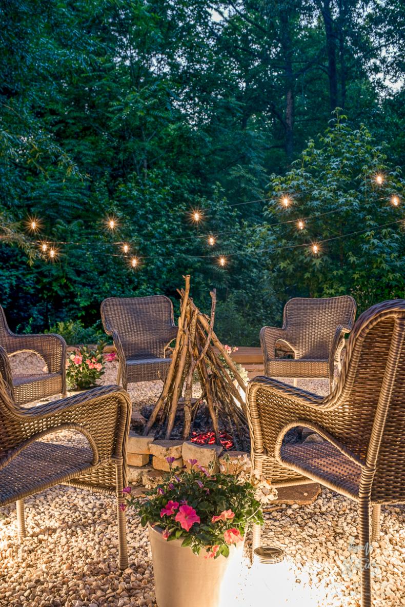 DIY Backyard Projects - DIY Gravel Backyard Fire Pit