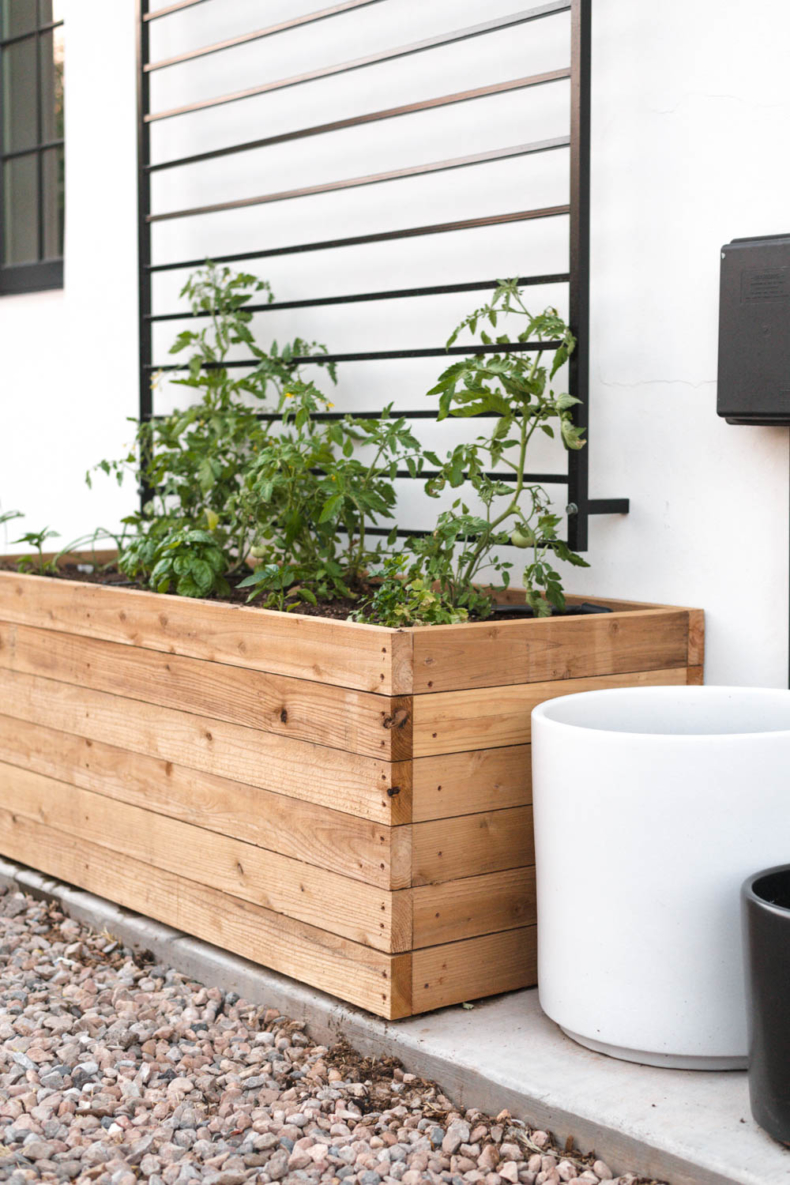 DIY Backyard Projects - DIY Raised Bed Planter by Vintage Revivals