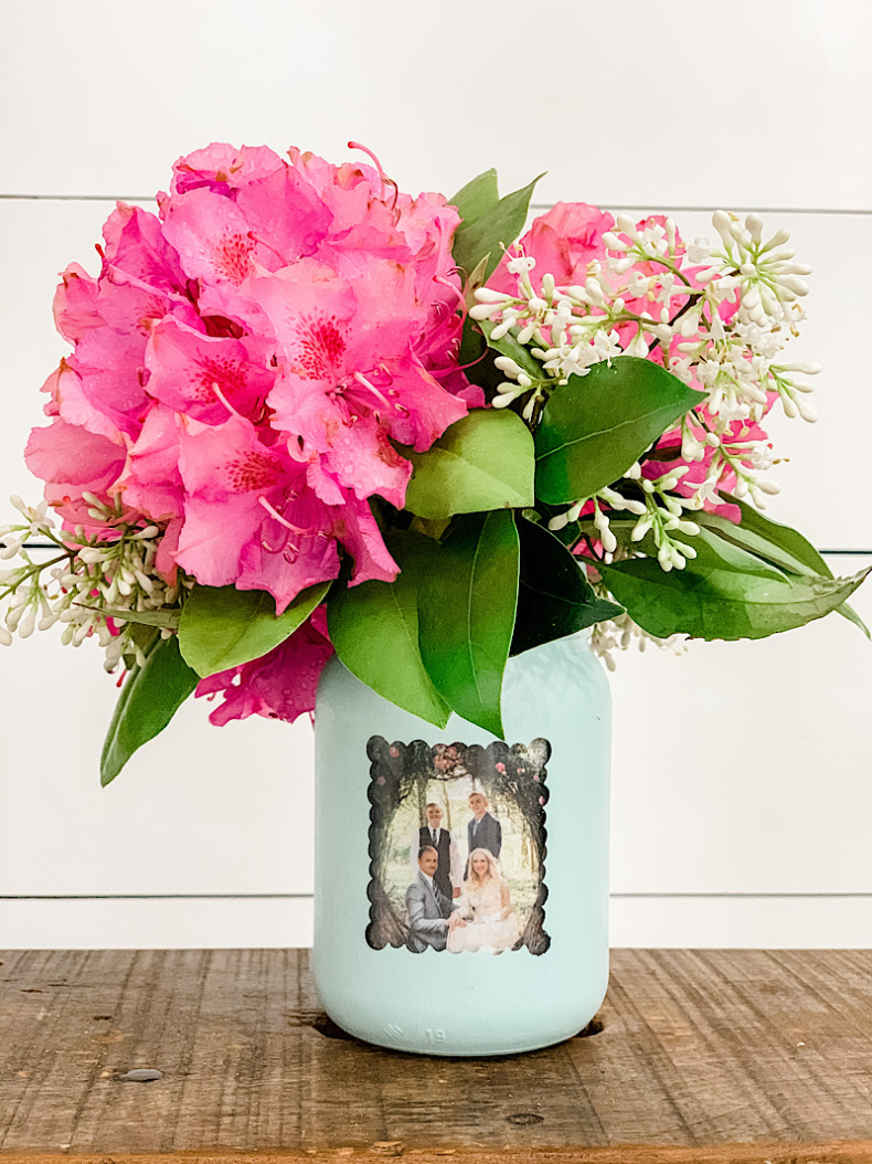 Fun Gifts and Crafts to Make This Summer - DIY Mason Jar Craft by Home Stories A to Z