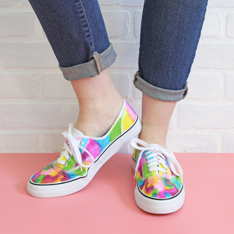 Fun Gifts and Crafts to Make This Summer - DIY Sharpie Tie Dye Shoes by The Craft Patch