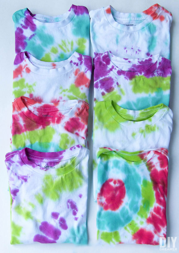 Fun Gifts and Crafts to Make This Summer - How to Tie Dye by DIY Dreamer