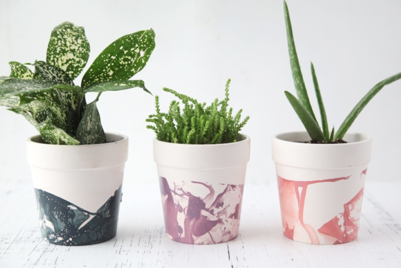 DIY Planter Ideas - DIY Nail Polish Marble Pots by Pretty Life Girls