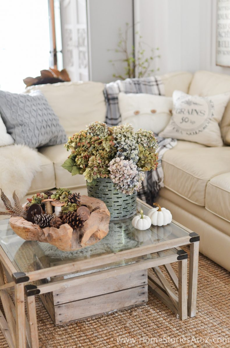 Fall Flower Arrangments and Vignettes - DIY Home Fall Decor by Home Stories A to Z
