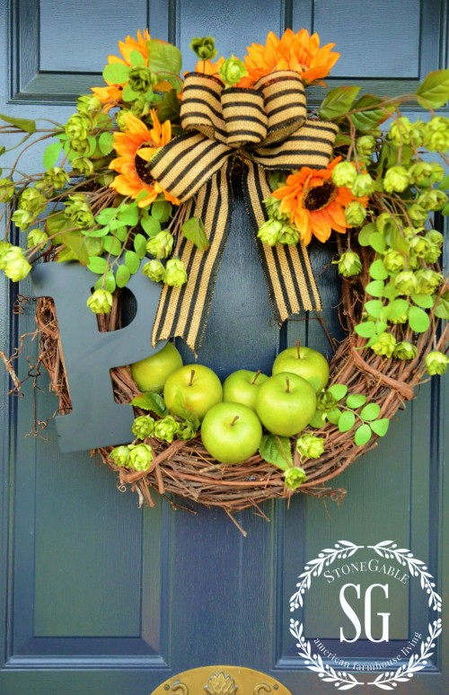 Gorgeous Fall Wreath Ideas - Fall Apple Wreath by StoneGable Blog