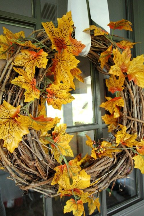 Gorgeous Fall Wreath Ideas - Fall Leaves Wreath by Creekline House