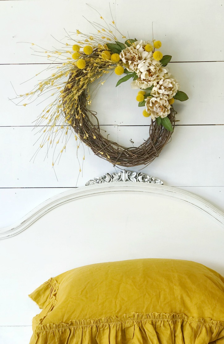 Gorgeous Fall Wreath Ideas - Fall Wreath by Hallstrom Home