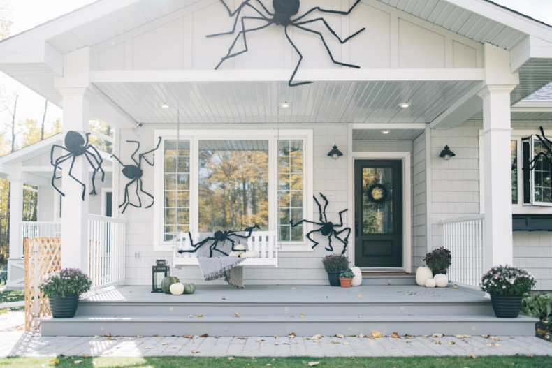 Halloween Porch and Door Ideas - Halloween Spiders by The Ginger Home