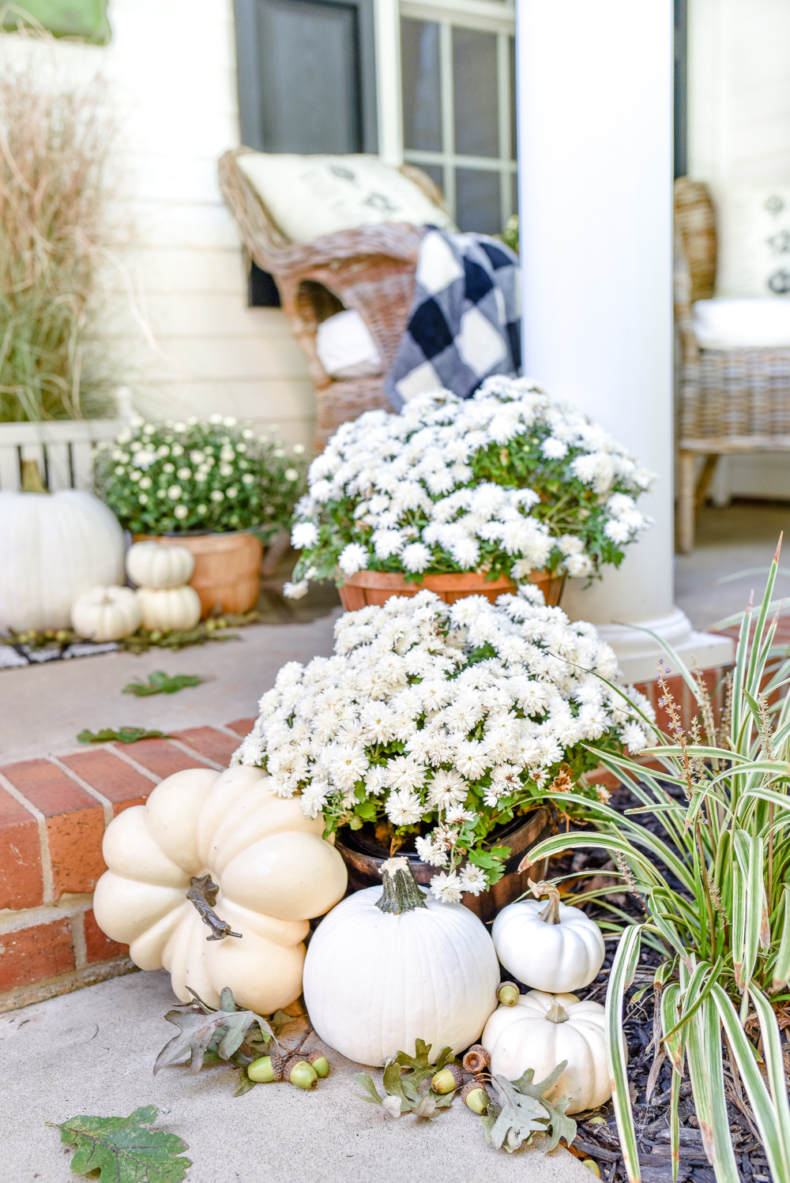 Simple Fall Decor - Black and White Fall Porch by Home Stories A to Z