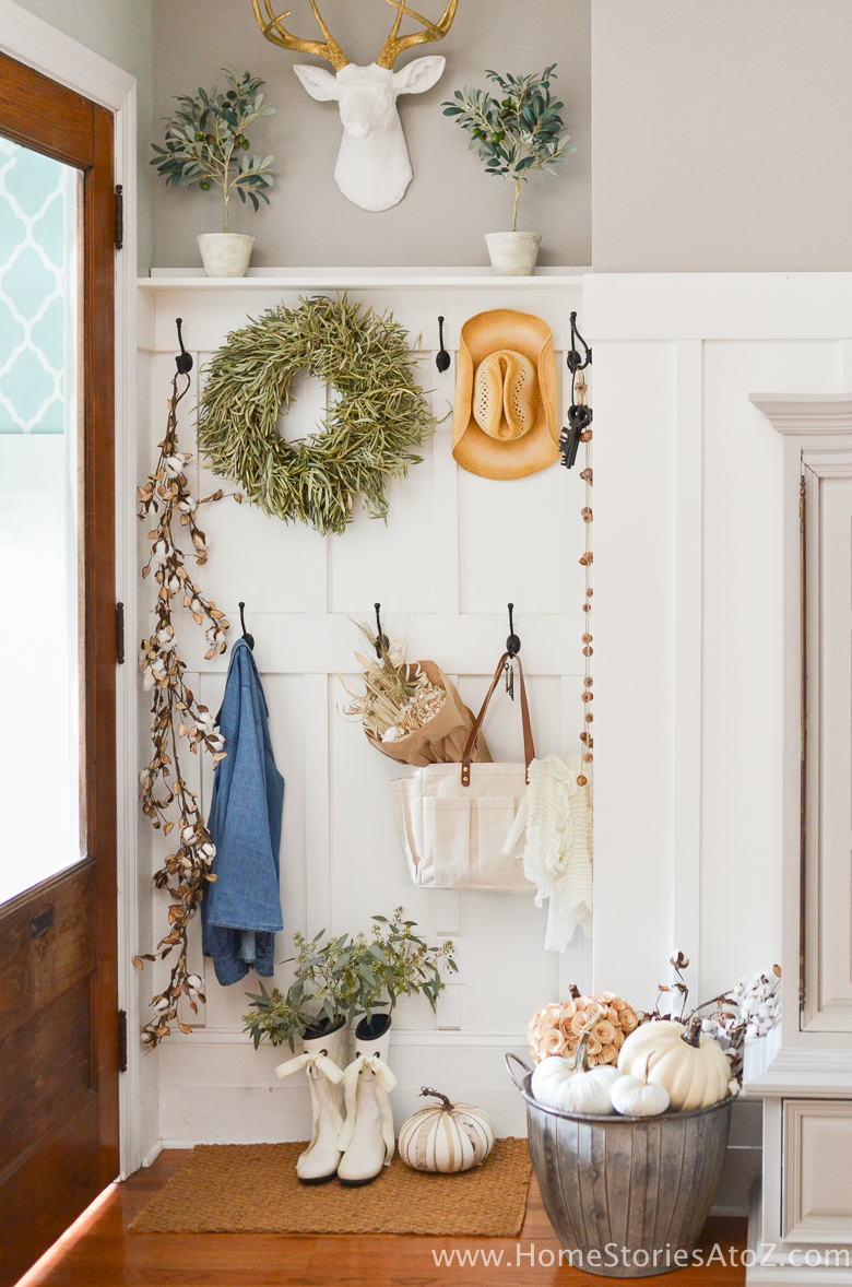Simple Fall Decor - Fall Mudroom by Home Stories A to Z