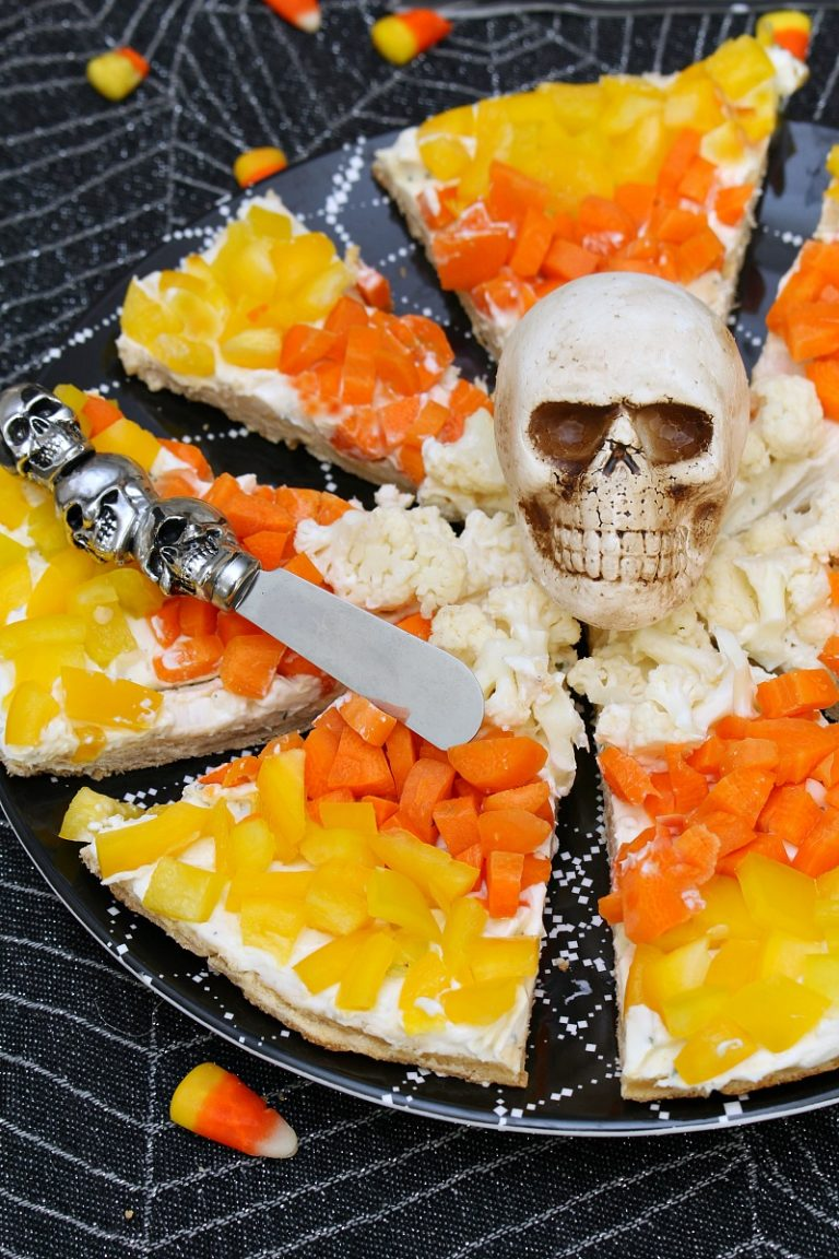21 Halloween Treats - Candy Corn Veggie Pizza by Clean & Scentsible