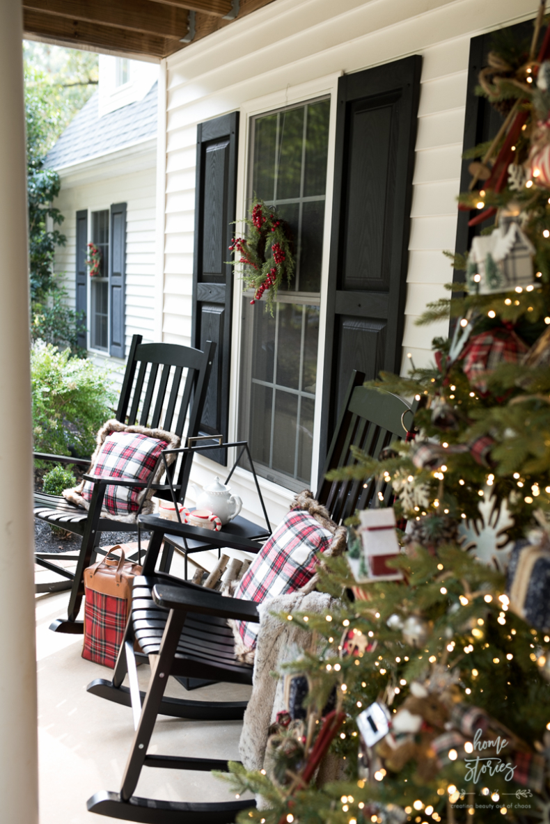 Christmas Plaid Porch-9
