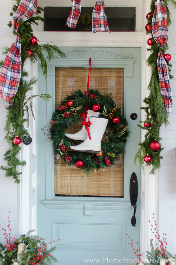 Christmas Wreath Ideas - Christmas wreath with rainboots by Home Stories A to Z