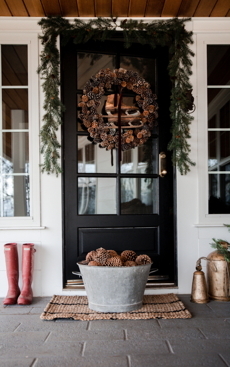 Christmas Wreath Ideas - Pinecone Wreath with Ski Boots by Boxwood Avenue