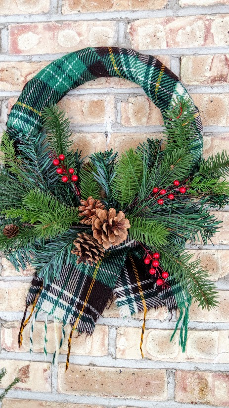 Christmas Wreath Ideas - Wool Scarf Wreath by My Thrifty House