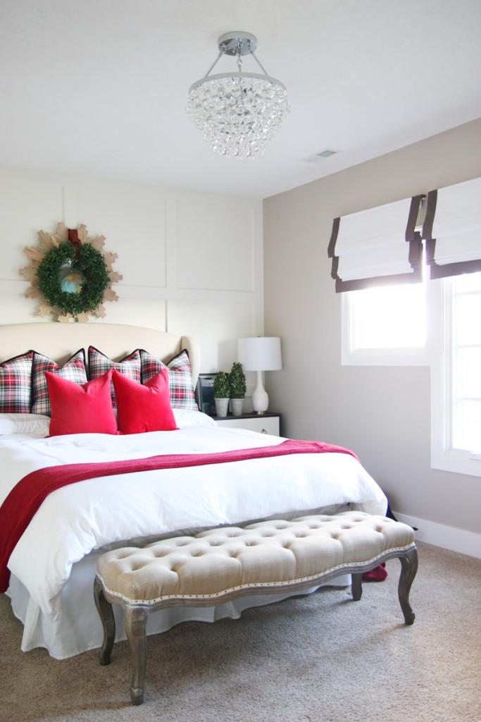 Christmas Bedroom Decor Ideas - Christmas Guest Bedroom by Life on Virginia Street