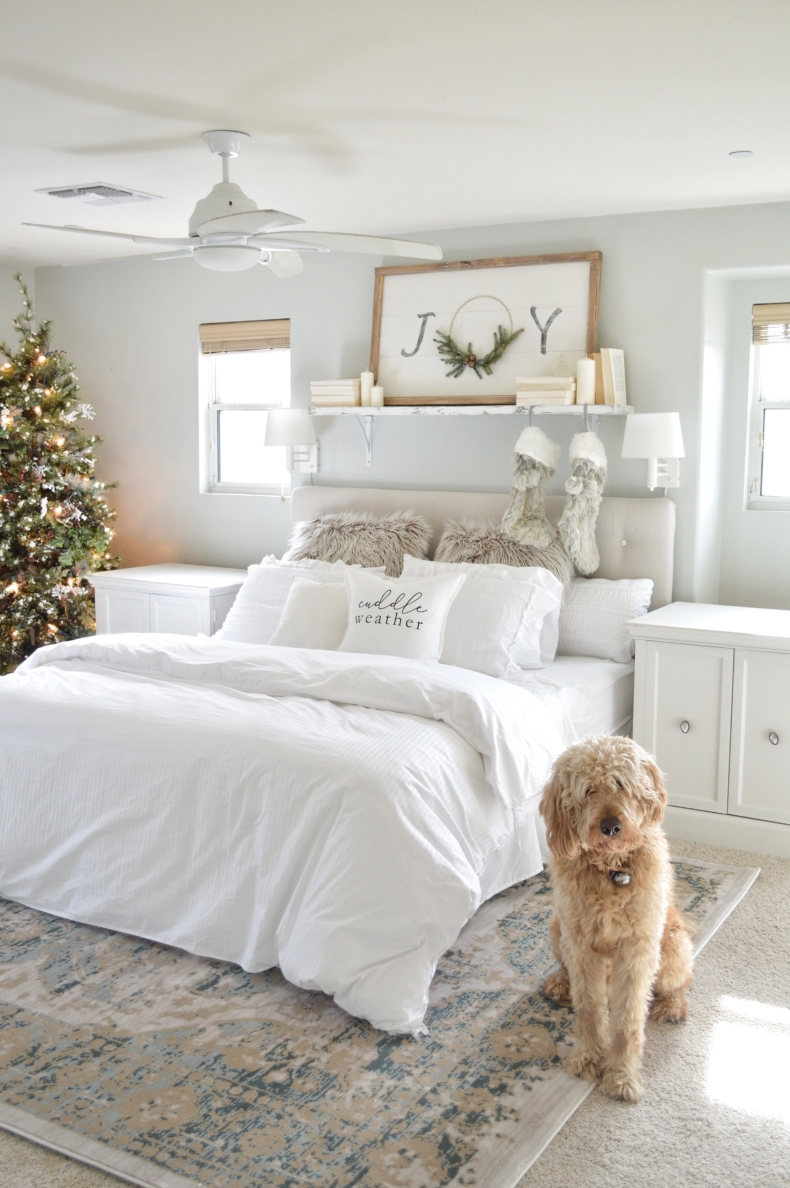 Christmas Bedroom Decor Ideas - Christmas Guest Room by My Vintage Porch