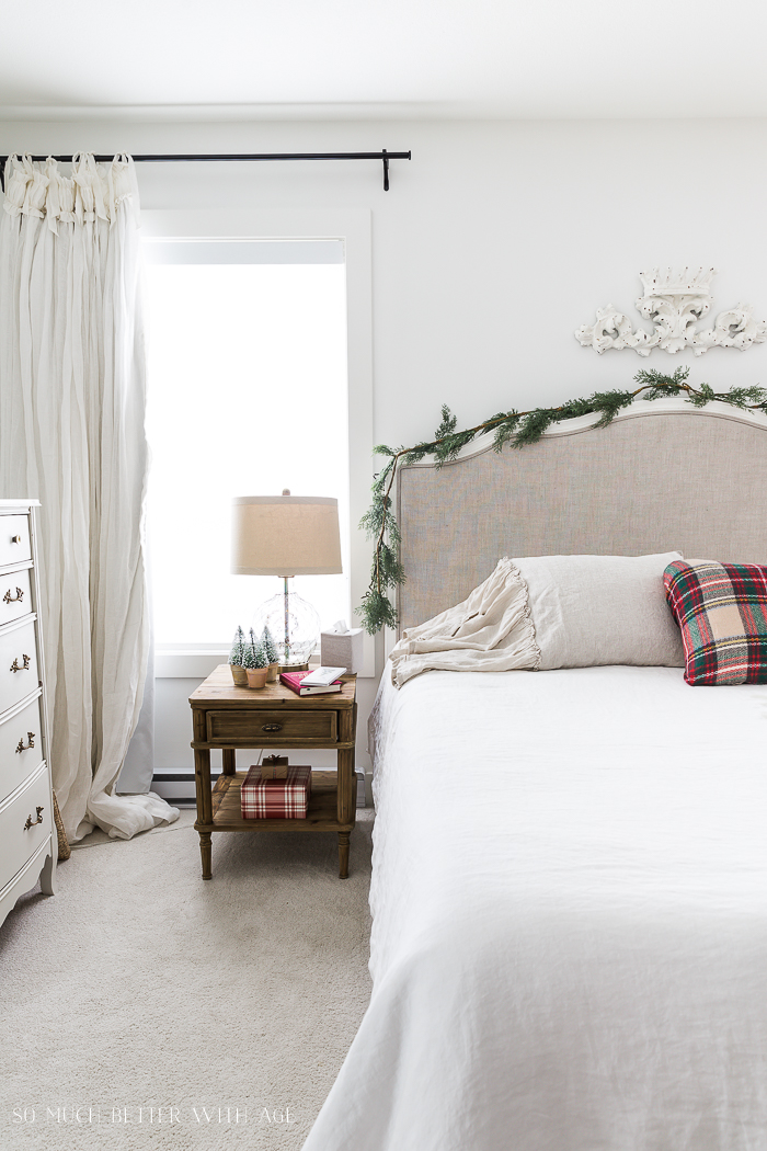 Christmas Bedroom Decor Ideas - Simple Christmas Bedroom by So Much Better With Age