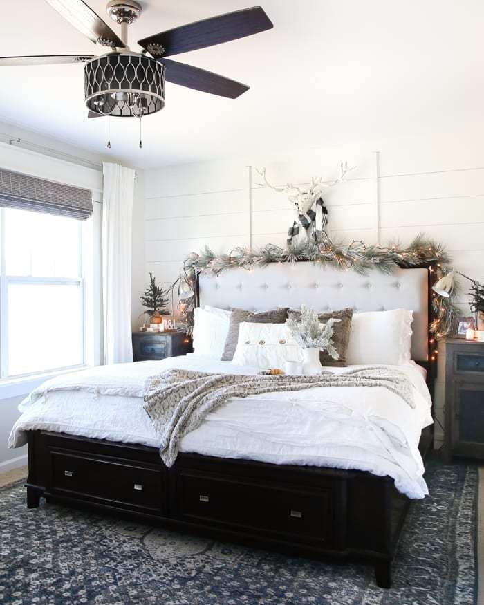 Christmas Bedroom Decor Ideas - White Christmas Bedroom by Bless'er House