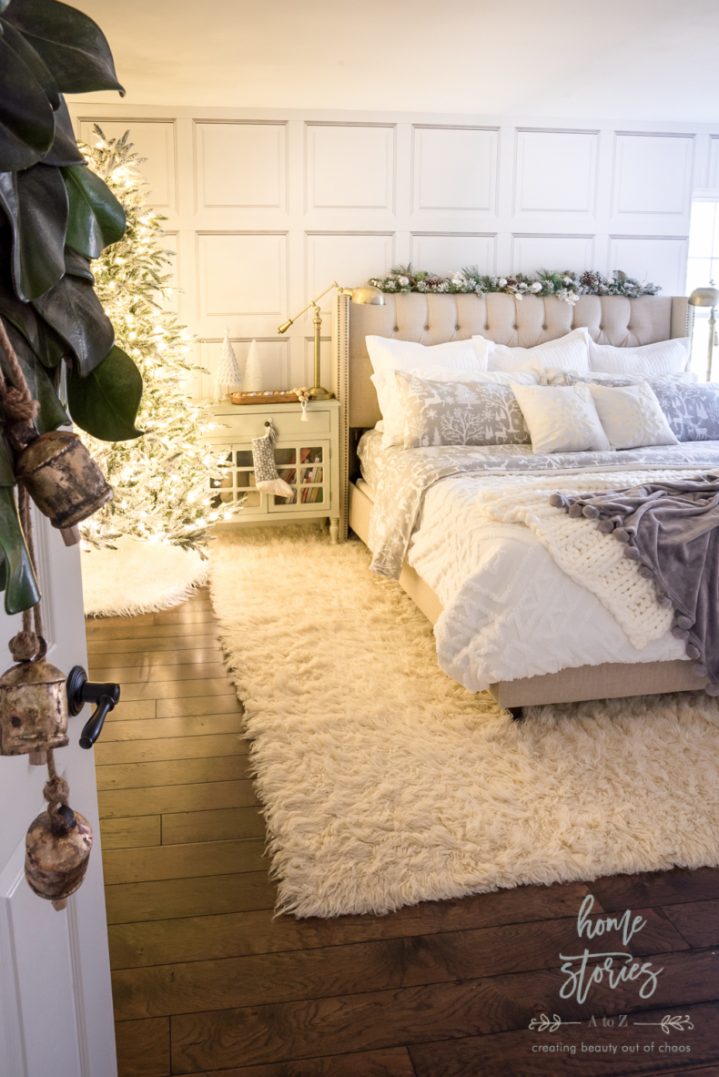Christmas Bedroom Decor Ideas -Woodland Christms Bedroom by Home Stories A to Z