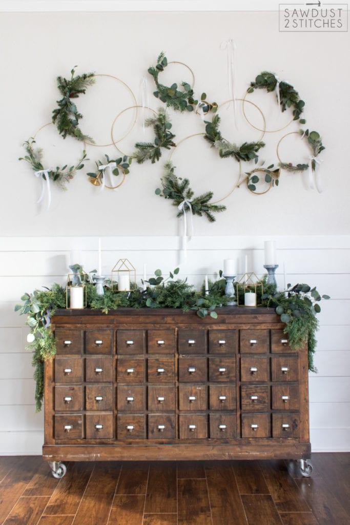 Christmas Mantel Decor Ideas - Modern Wreath Christmas Vignette by Sawdust2Stitches