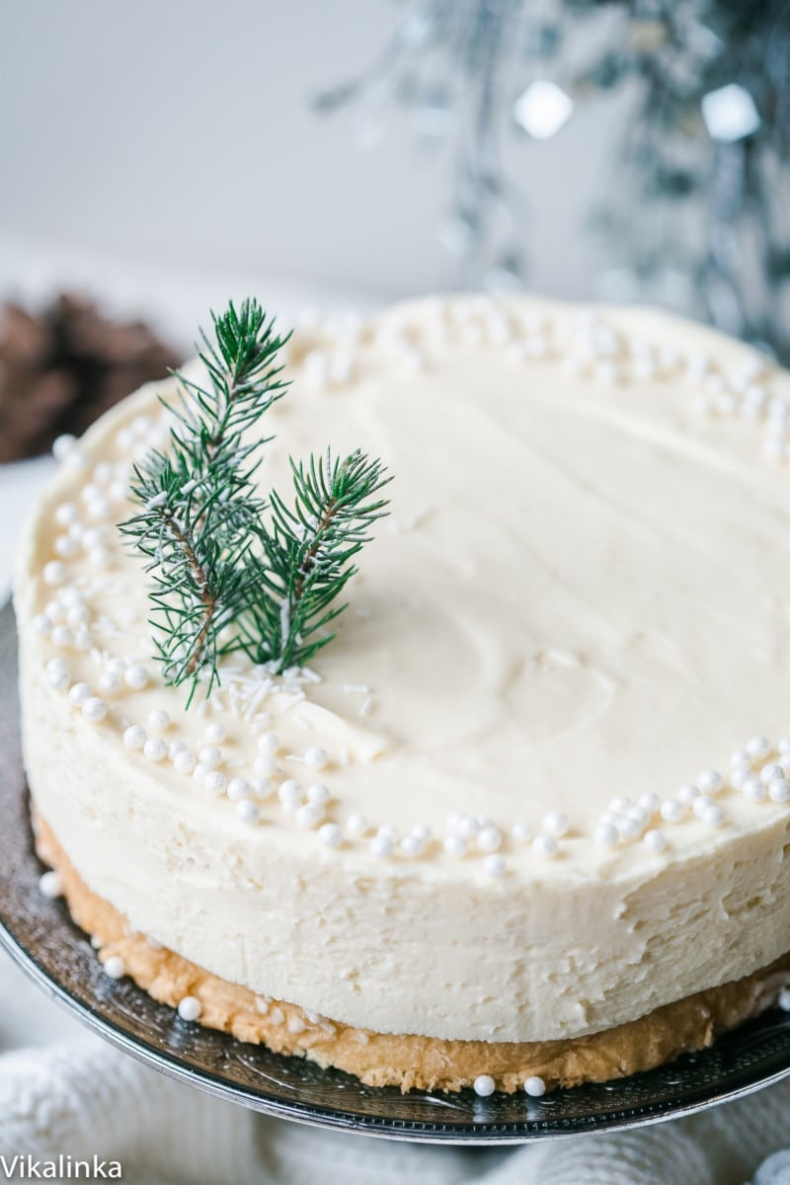 Elegant Christmas Desserts - White Christmas Truffle Cake by Vika Linka