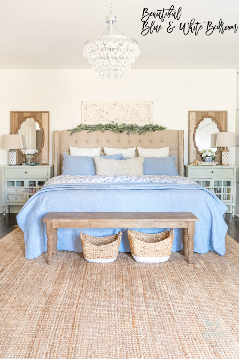 Beautiful Blue and White Bedroom Decor Ideas