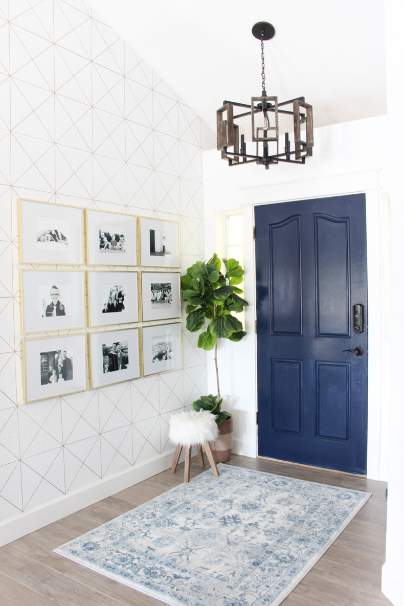 Accent Wall Ideas - Sharpie Paint Pen Wall by Classy Clutter
