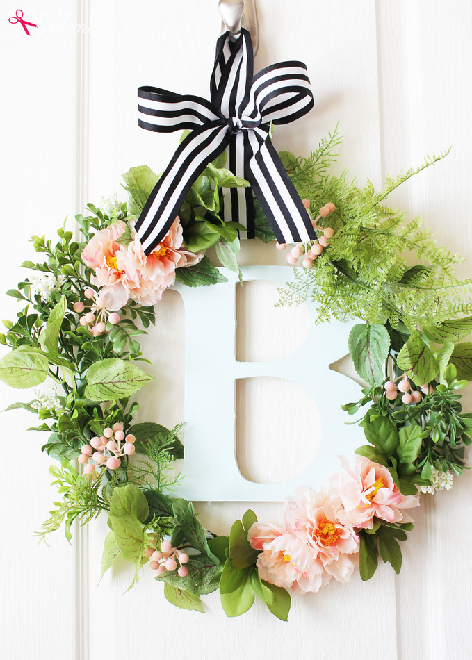 Spring Wreath Ideas - DIY Botanical Spring Wreath by Positively Splendid
