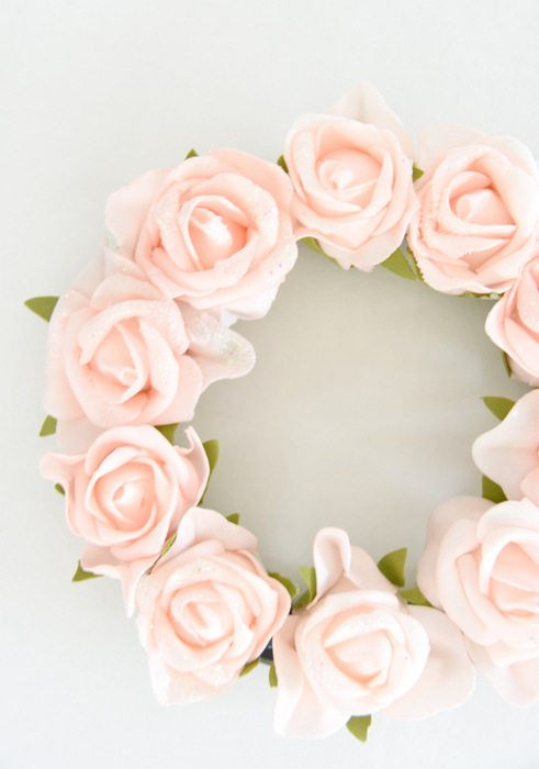 Spring Wreath Ideas - Spring Floral Wreath by The Sweetest Digs