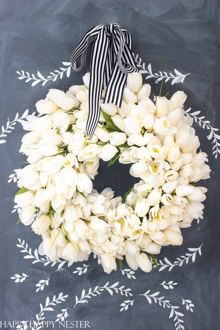 Spring Wreath Ideas - Tulip Wreath by Happy Happy Nester