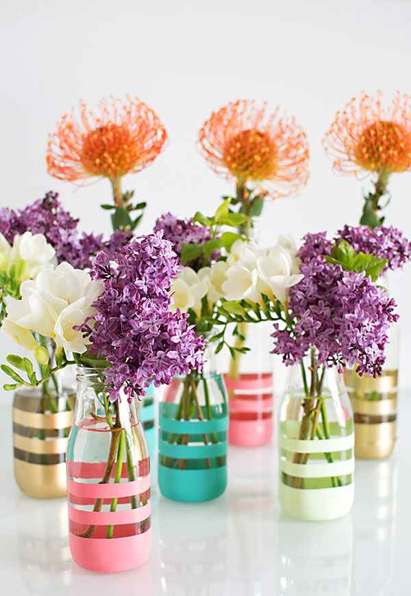 DIY Wedding Gifts - DIY Painted Bottles by Homey Oh My