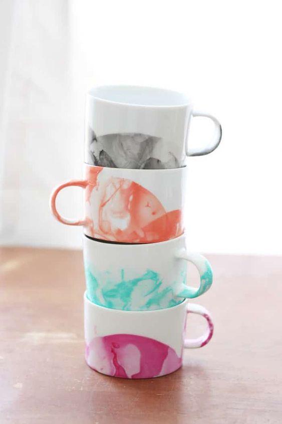 DIY Wedding Gifts - Marbled Mugs by DIY Candy