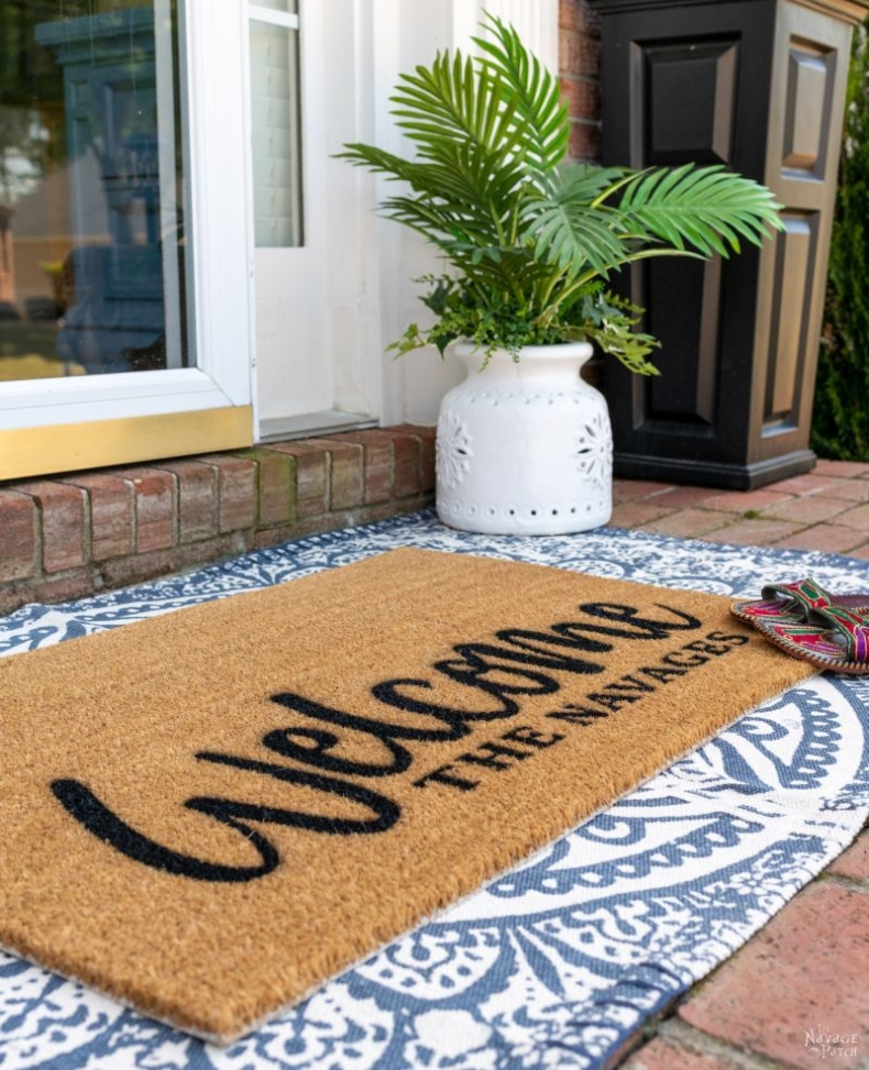DIY Wedding Gifts - Personlized Door Mat by The Navage Patch