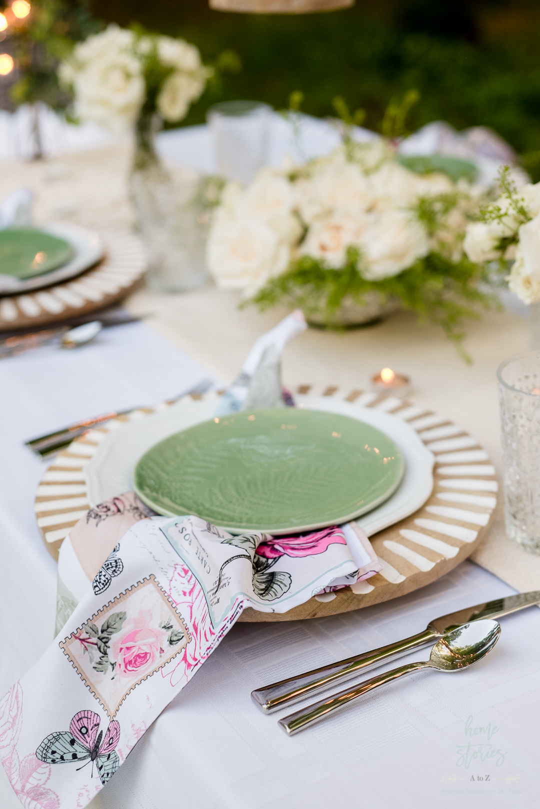 wood charger green plate floral napkin